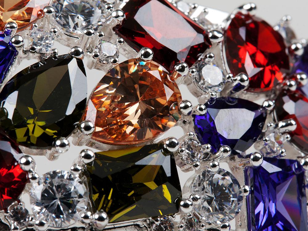 Что дороже бриллиант или алмаз и есть ли что-то более дорогое